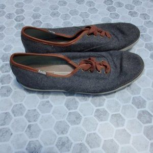 Keds gray felt with brown lining and lace